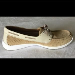 Clarks boat loafers/ moccasins shoes